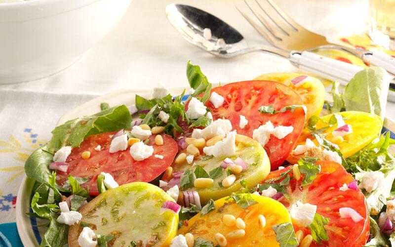 Fresh salads right in your kitchen garden through urban farming